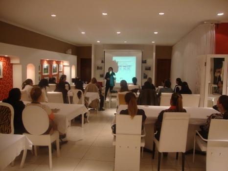 CDE-Asesoramiento-de-Imagen-Profesional-SoniaMcRorey-con Certificado de Maison Aubele Carolina