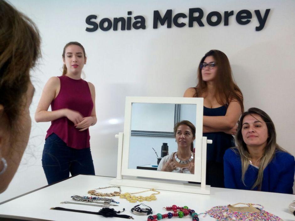 Dinamicas de clase-Asesoria de Imagen - PersonalShopper-Con las Profesoras Antonella y Emilse