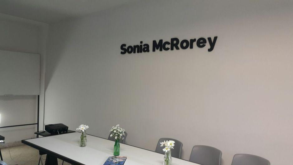 Sonia-McRorey- Amor-Luz Radiante - Prosperidad-Paz- Sabiduria Infinita-Asesora Asesoria Imagen Personal y Profesional Personal Shopper