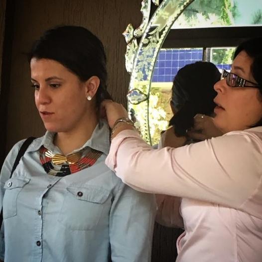 Dinamica en clase con accesorios soniamcrorey curso asesordeimagen paraguay