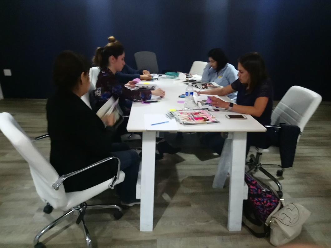 Dinanicas practicas-Grupos-Reducidos-Curso-Asesoriadeimagen-incluye-salida de personal-shopper-estilismo-ropas-maquillajes